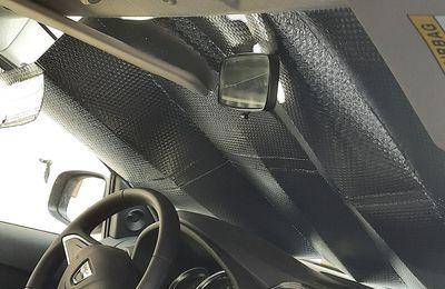 Une protection parfaite pour votre voiture en été chaud !