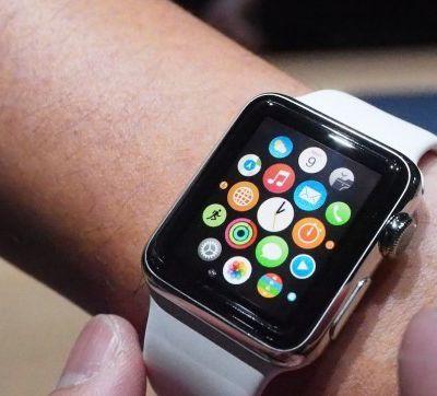 """Smartwatch ngày nay phải gọi đồng hồ Casio là """"cụ tổ"""""""