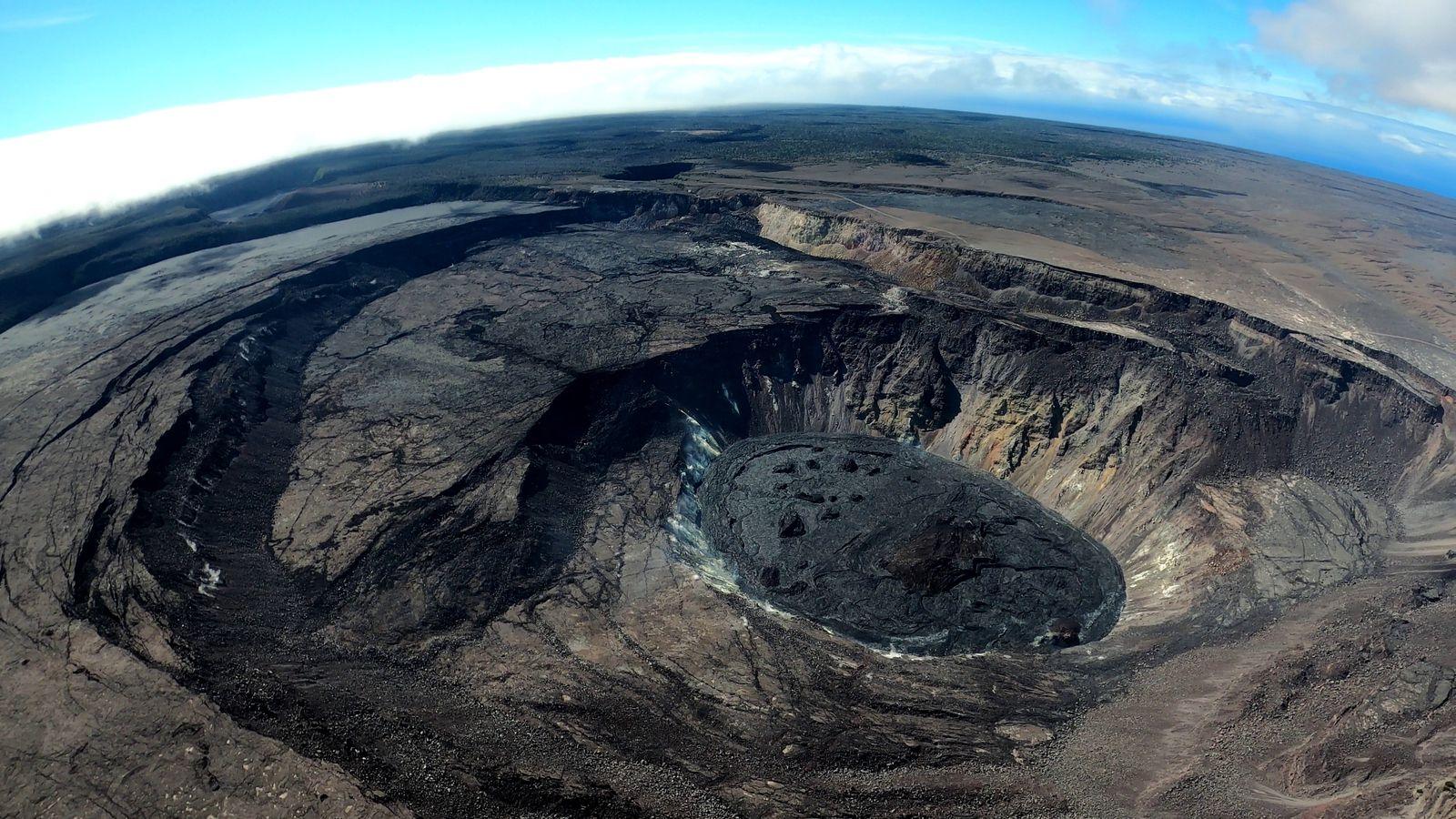 Kilauea sommet - Doc. HVO-USGS photo by M. Patrick 22.07.2021 - un clic pour agrandir