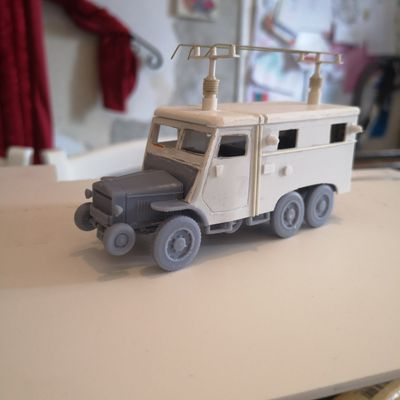 conversion au 1/50,LAFFLY S20TL PC,vehicule radio