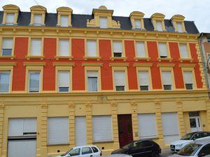 N° 24 rue Jean Burger à Algrange - La Croix d'or et le cinéma SAX