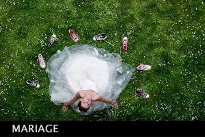 Reportages lors des cérémonies civiles, religieuses, photographies de couple, pendant le coktail...