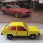 VOLVO 343 PLAYART 1/64 - car-collector.net