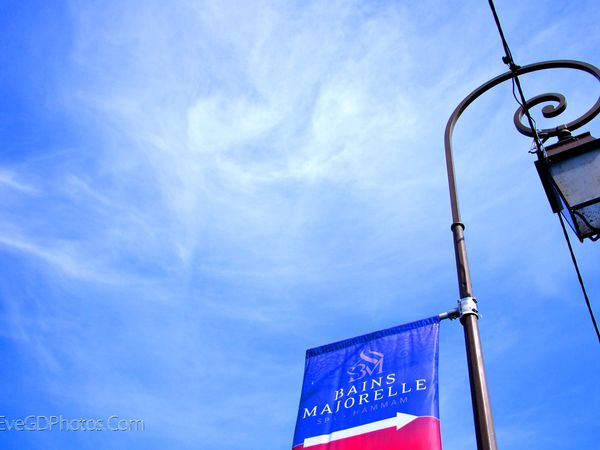 Sur fond de ciel bleu !