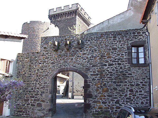 Diaporama du château de Châteaugay