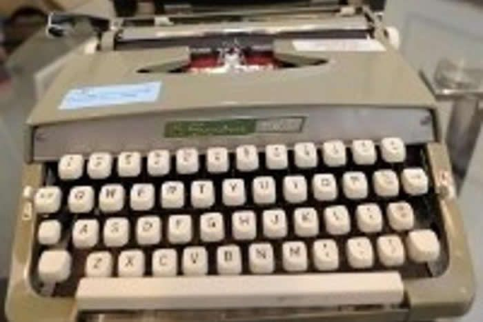 Seconde Guerre mondiale : une Enigma, machine à chiffrement nazie, retrouvée en Baltique Crédit Image : TIMOTHY A. CLARY / AFP | Crédit Média : Blandine Milcent