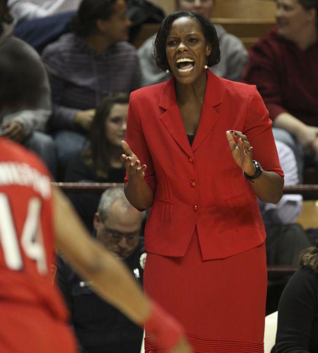 Tajama Ngongba nommée entraîneur-chef de l'équipe nationale féminine des Îles Vierges des États-Unis