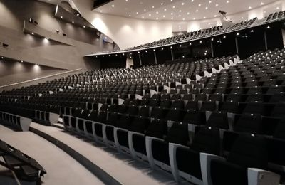 A la rencontre d'un théâtre occupé**