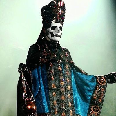 Ghost in Mexico 2020, new papa Emeritus IV