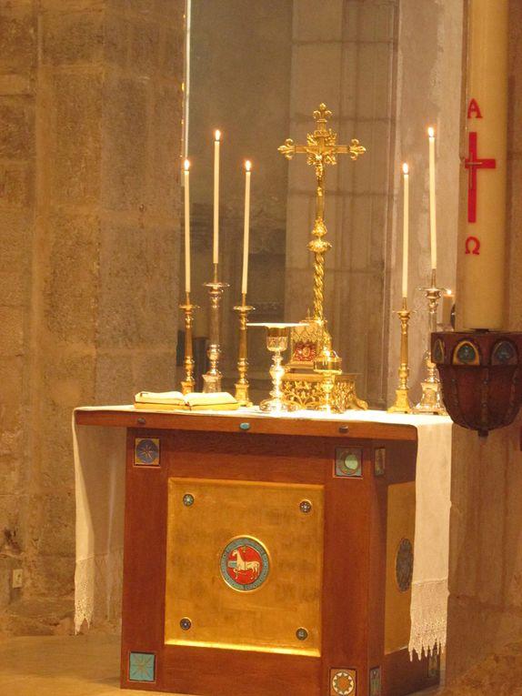 Messe de la solennité du Saint Sacrement     * Première communion de Raphaël, Théo NAGAPENE,  Léana SOUSA, Chloé LEPOMBY.