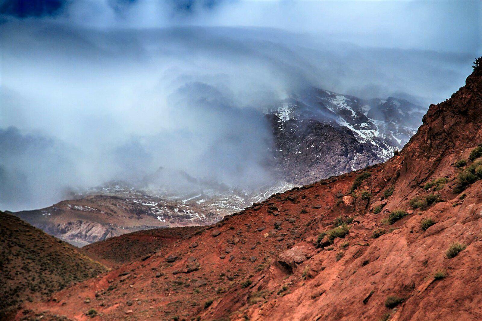 Montagnes de l'Atlas entre Marrakech et Ouarzazate.