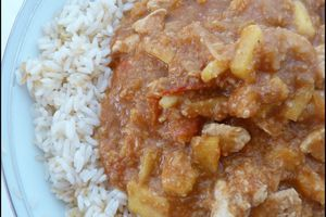 Poulet à l'indienne (tomate, curry, pomme, yaourt)