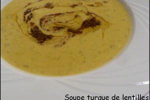 Soupe turque de lentilles au beurre aromatisé