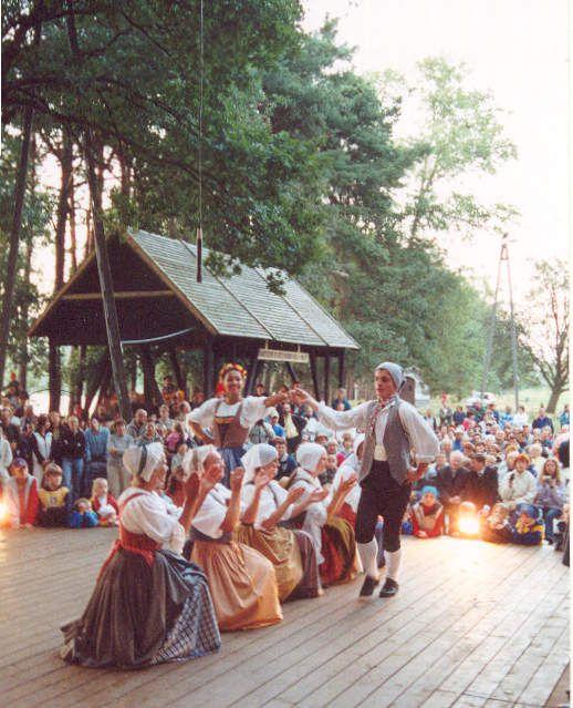 1986 - .... : HISTORIQUE - Les Mattagumber, entre tradition et création