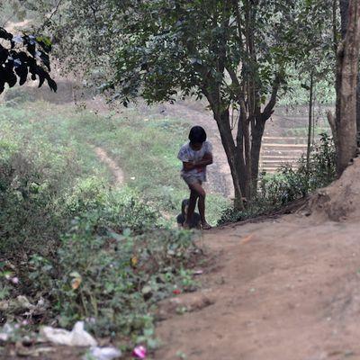 Sangkhlaburi - In the village