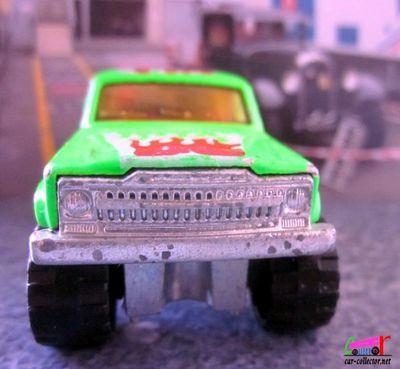 jeep-cherokee-vert-fluo-serie-200-majorette