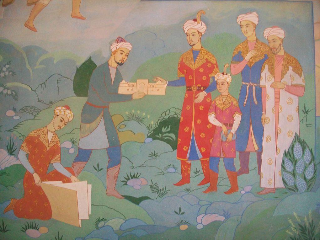 Un peu par hasard je me retrouve pour ce voyage en Asie centrale ... et le bonheur de découvrir un pays du sourire ...