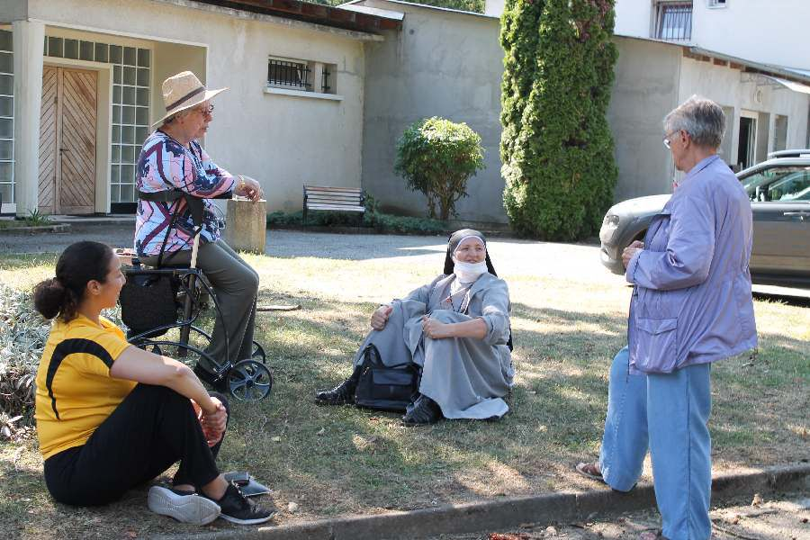 Rencontre de fidèles de trois paroisses: St.Martin, St François de Montmorency et St Martin de Groslay