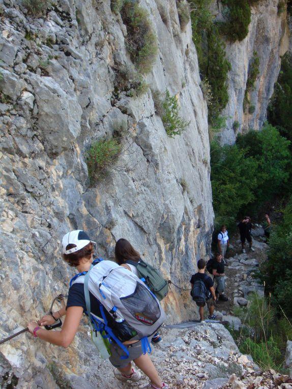 Photos de rando dans les Alpes de Haute Provence et au delà afin de permettre de commencer ou de prolonger l'évasion. A découvrir depuis Digne, dans la vallée de la Blanche, de l'Ubaye...