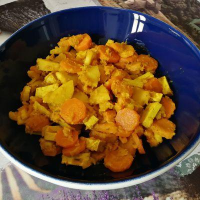 Poêlée de carotte, panais, patate douce & tofu fumé
