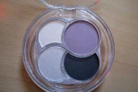 Essence Eyeshadow Quattro