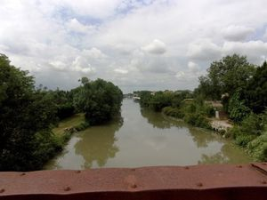 Pont vers Saint-Gilles