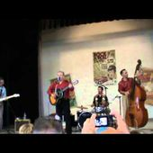 Nelson Carrera & the Scoundrels : Love Is A Trap