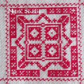 SAL : Plaid Broderie Rouge... Grille 20 / H12 - Chez Mamigoz