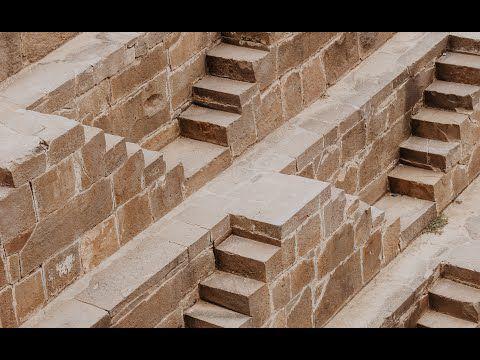 Ce que crient les pierres (2) Mardi : les pierres de nos murailles