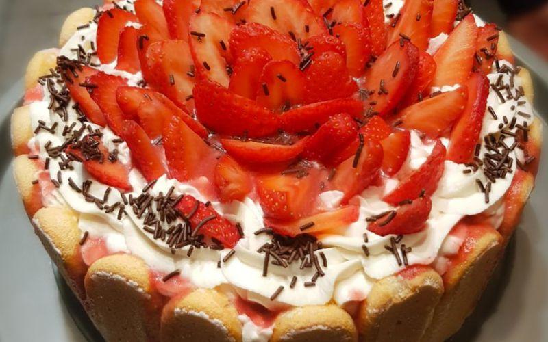 Charlotte aux fraises legere
