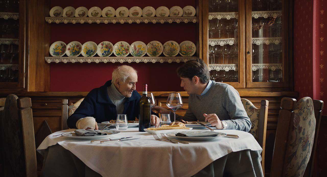 Chasseurs de truffes : un documentaire poignant sur les derniers chercheurs de truffes d'un petit village italien.