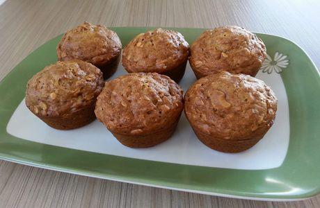 Muffins aux bananes, flocons d'avoine et noix