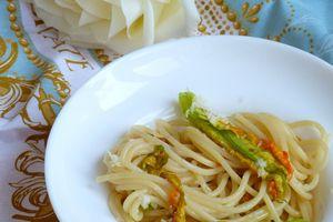 Spaghettis aux fleurs de courgettes