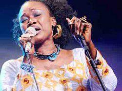 Après son trophée Grammy Awards : Oumou Sangaré fait exploser le stade Amary Daou de Ségou