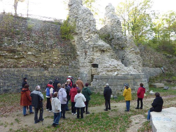Noyers, le château.