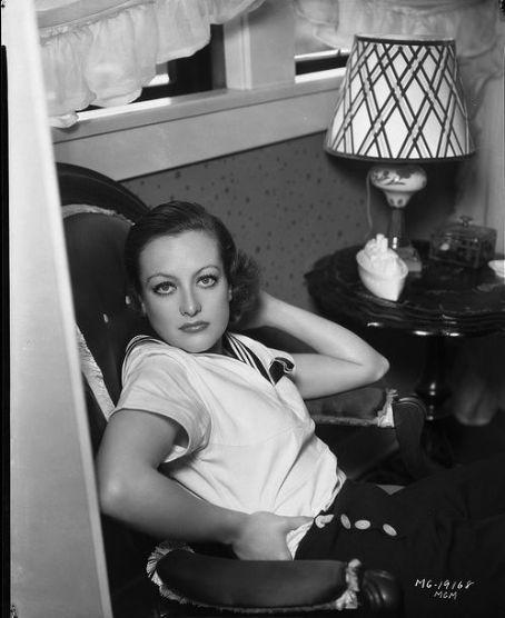 Crawford Joan