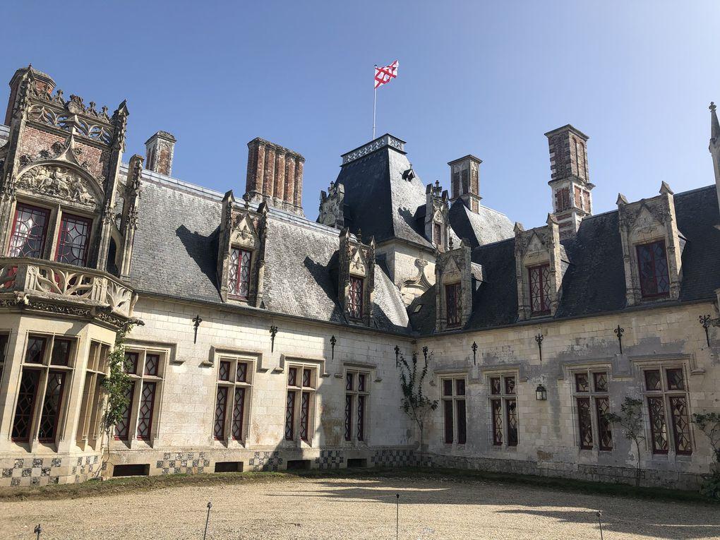 Promenade à Regnière-Ecluse, le parc et le château.