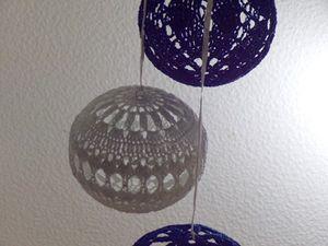 suspension boule de Noël