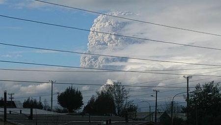 Explosion del volcan Puyehue (TV5.org)