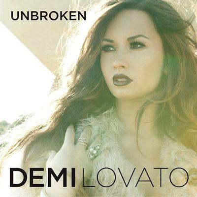 Portada del disco: Unbroken - Demi Lovato