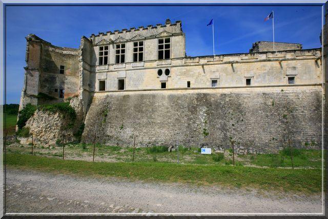 Diaporama château de Bouteville
