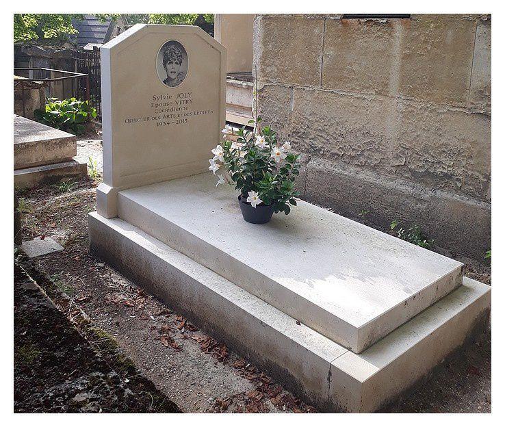 Paris cimetière du Pere Lachaise : août 2019