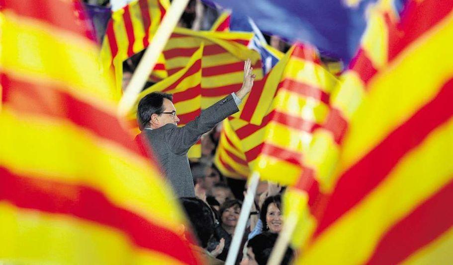 Le président de la Catalogne poursuivi en justice pour le vote sur l'indépendance