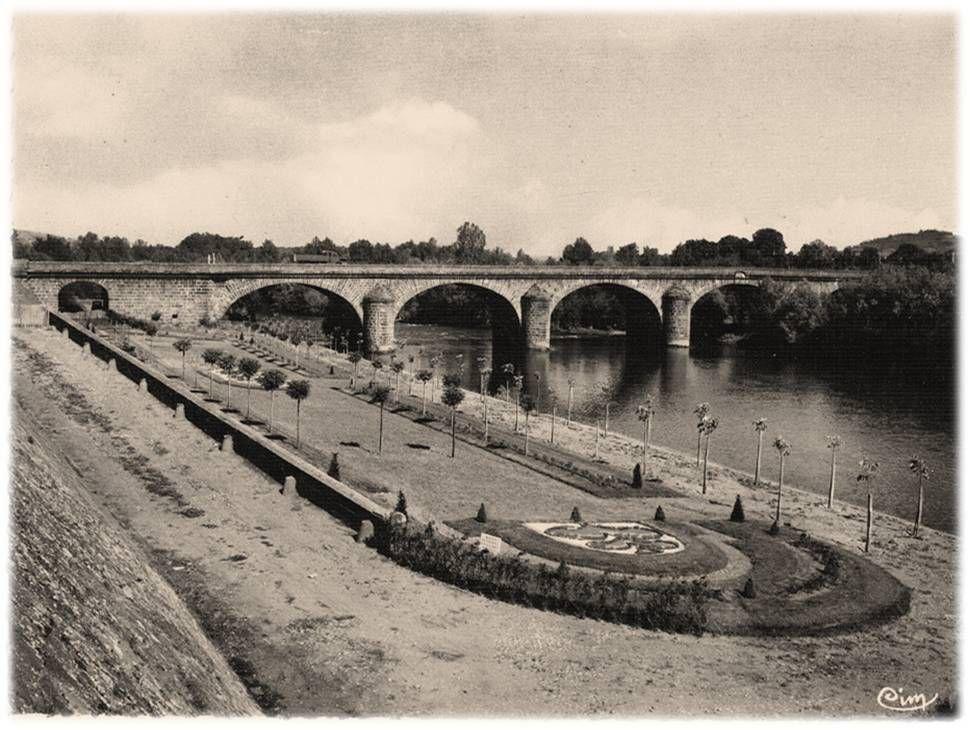 Pont du Chateau aux années 50-70
