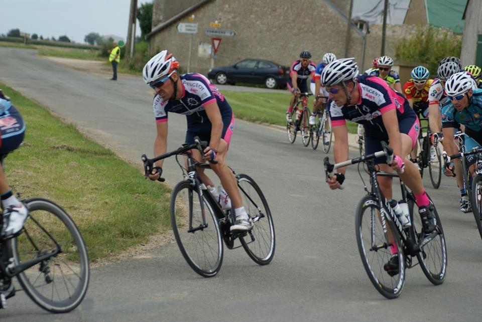 Photos des courses 1 et 2 UFOLEP de Loigny la Bataille (27)