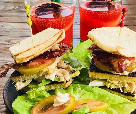 Club Sandwich e Cocktail Negroni