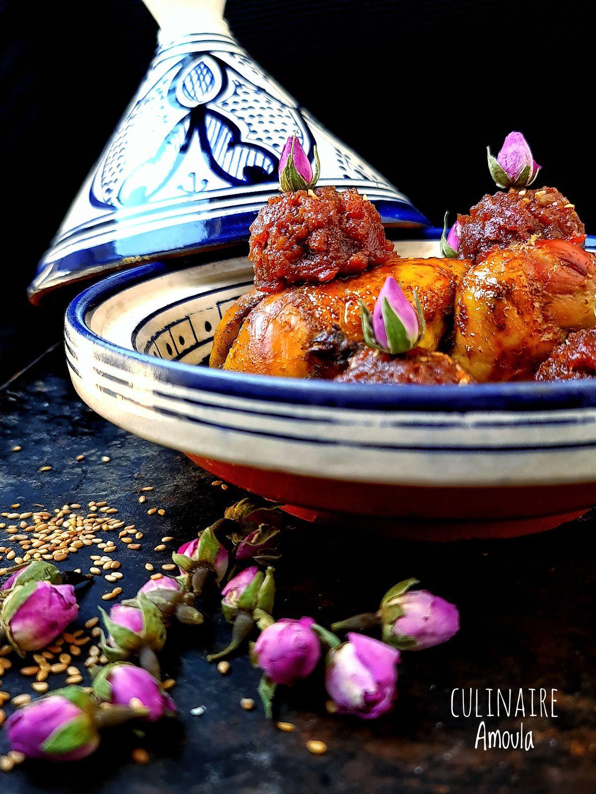 Poulet à la confiture de tomates aux pétales de roses