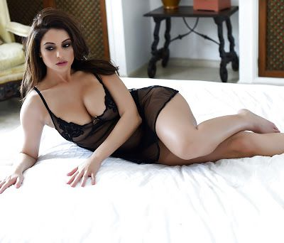 Book Most Erotic Escorts From Best Pune Escorts Agency