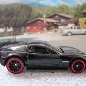 CHEVROLET CORVETTE Z06 2012 HOT WHEELS 1/64 - car-collector.net