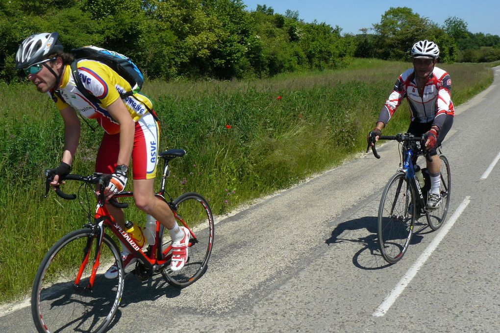 Jean-Louis a décidé de repartir avant (photo vélo-club-IDA)